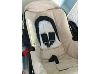 I'm selling my car seat needs gone asap