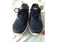mens adidas cloudfoam trainers size 9.5 brand new