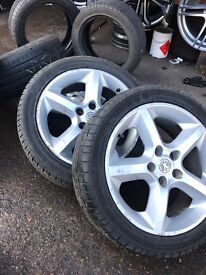 Vauxhall Astra mk5 alloys with tyres