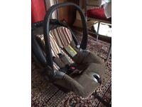 Mamas & Papas unisex CAR SEAT baby carrier Primo Viaggio