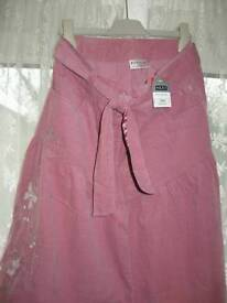 Girls lovely Pink Skirt Size 12 years.