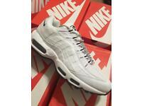 Nike air max 95 white size 9