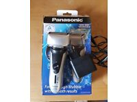Panasonic ES-RF31 wet and dry shaver