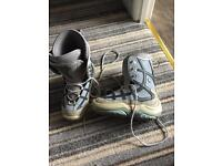 Snowboarding Boots size 6