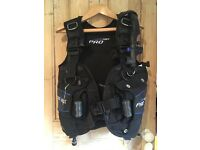Seaquest Pro QD BCD Size Medium. BRAND NEW only used twice. Worth £350 new. Very comfortable.