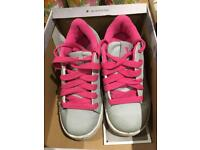 Heely trainers girls size 12 sidewalk