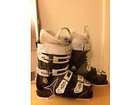 Atomic Hawx Women's Ski Boots Size 6