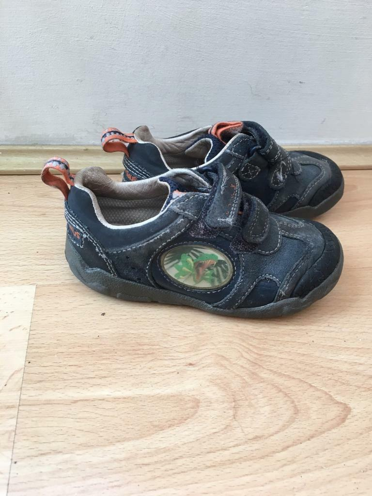 Clarks stomposaurus kids boys shoes size 7.5H