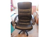 Office chair high back swivel and tilt, on castors in great condition £25 ONO