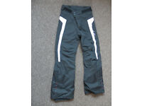 Skiing trousers / salopets size 143cm, age 12