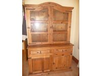Solid wood chunky dresser in excellent condition