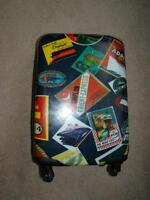 "ATLANTIC CARRY ON WHEELED LUGGAGE 19"" Almost new"