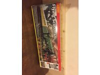 Hornby train set flying scotsman + accessories extra track 00scale buildings