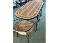 Dining table/2chairs