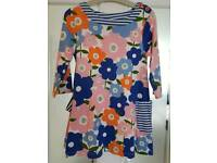 EXCELLENT CONDITION mini boden dress/tunic 7-8 y