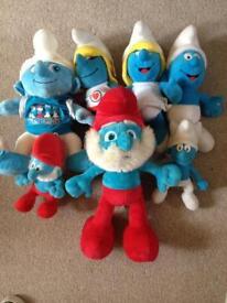 7 Smurfs soft toys