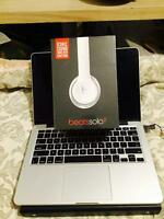 Beats solo 2 Brand new and Sealed! (White)