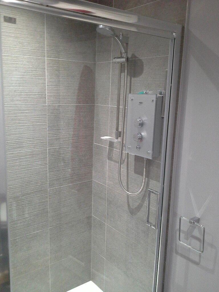 Merlyn Infold shower screen