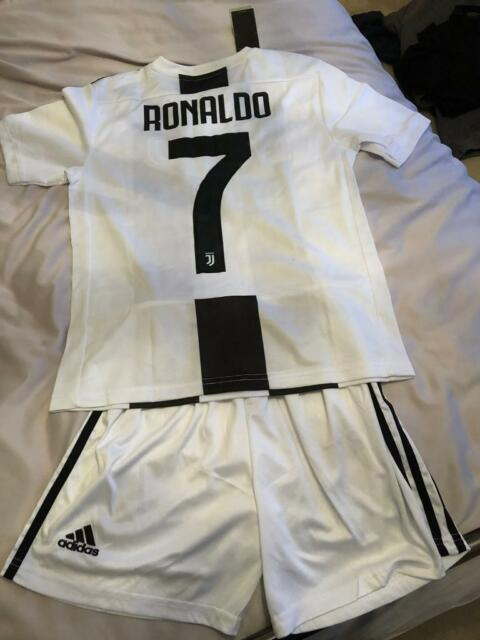 brand new b7a0d 23ce7 JUVENTUS JUNIOR RONALDO KIT | in Bletchley, Buckinghamshire | Gumtree