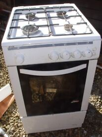 Gas Cooker 4 rings + oven