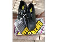 Shoes for crews black UK 7 size