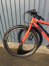 Frog 73 bike in red. Ideal for 12-14 yr olds. Aluminium frame. Continental tyres.