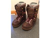 Snowboarding Boots Size 5.5