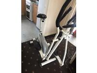 Roger black cross trainer