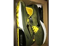 Nike trainers size 11
