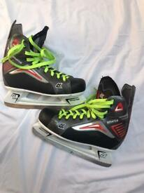 Ice Skating/ ice hockey skates size 10.5 uk size 45 Europe