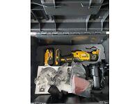 Dewalt DCS355N 18V XR Brushless Oscillating Multi Tool Kit