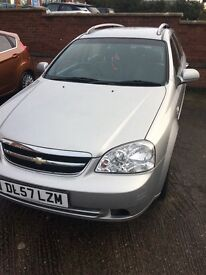 Nice automatic estate car Chevy lacetti