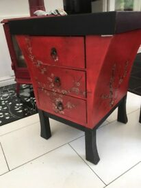 Chinese style draws with removable gaming top