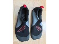 Aqua Shoes Size 5