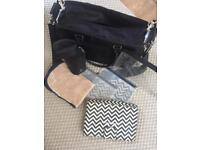 Melobaby nappy bag, changing Matt and accessories.