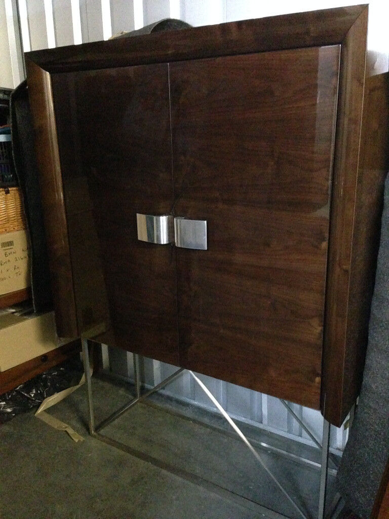 Beautiful art deco style drinks unit, display unit, cabinet with internal lights.
