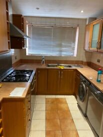 Spacious 3 bed house in sevenking part dss welcome