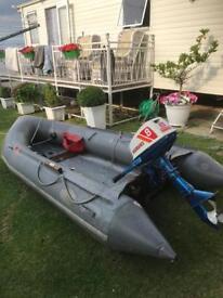 Avon dinghy Suzuki outboard