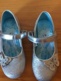 Disney Frozen shoes new size 11