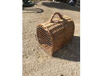 Cat / Dog / Pet wickerwork Carry basket