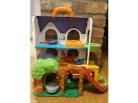Vtech Toot-Toot Friends Busy Sounds Discovery Home