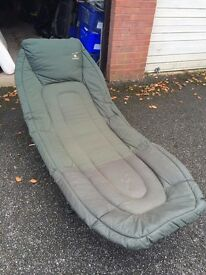 JRC Terry Hearn Defender 3 fishing bed chair