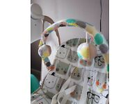 Graco Baby Swing ***excellent condition like new***