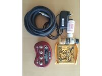 Line 6 Pocket POD Portable Guitar Effects Unit + Accessories