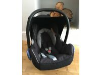 Car seat- new born - maxi cosi
