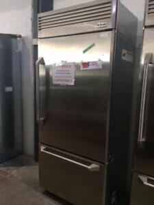 Réfrigérateur professionnel, 36 20.6 pi. cu., Stainless