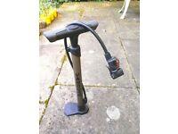 Vandorm Universal Bike Tyre Inner Tube Track Pump for only £6