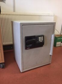 Large Sentry safe - not working **Bedside Table?** ** TV Stand?** **Coffee Table?**