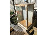 Glass garden display cabinet