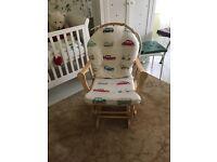 Breastfeeding chair